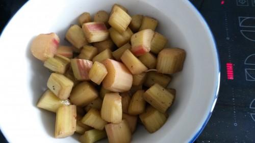 rhubarbe,compote,fruit de saison,printemps,tarte à la rhubarbe,rhubarbe pochée,claire damon,des gateaux et du pain