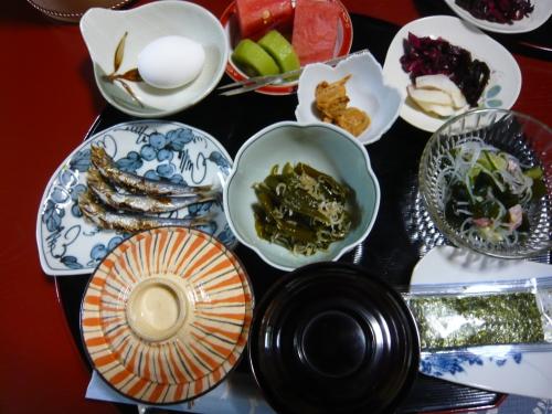 japon,vacances au japon,été au japon,cuisine japonaise,petit déjeuner japonais,ryokan,petit déjeuner complet,manger salé le matin