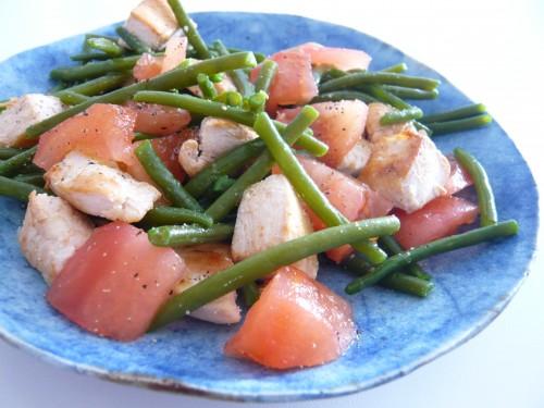 alimentation,cuisine,salade,poulet,déjeuner rapide,travailler chez soi