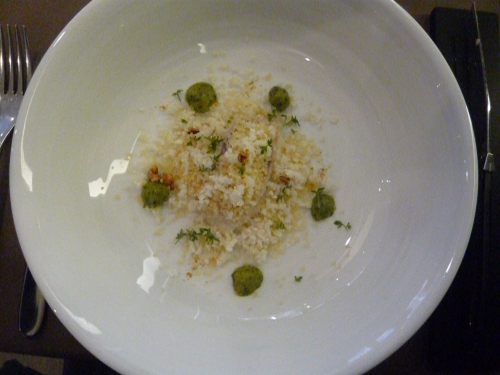 la pascade,saquana honfelur,alexandre bourdas,repas festif au restaurant
