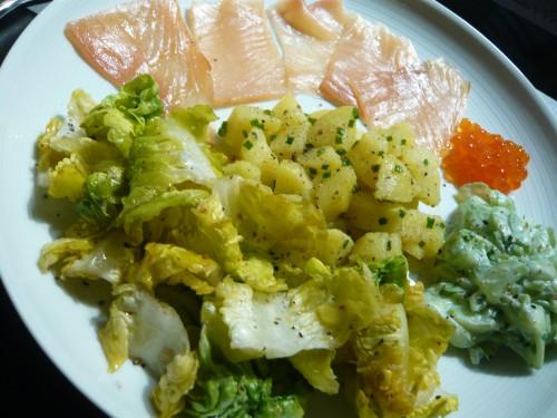 alimentation,nutrition,salade,assiette composée,manger froid,saumon fumé,diner rapide