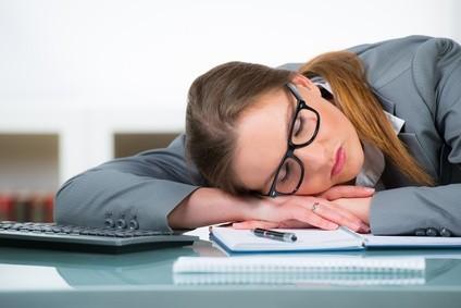 sommeil et nutrition,bien dormir,alimentation et sommeil,digestion,repas du soir,faim,stress,forme,vitalité,fatigue