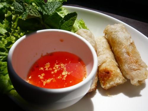 cuisine domino,gaspillage alimentaire,cuisiner les restes,riz,salade de riz,doggy bag,restaurant thai,laisser dans son assiette